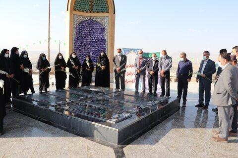 گزارش تصویری| غبار روبی گلزار مطهر شهدای گمنام سالروز شهادت شهدای هفتم تیر
