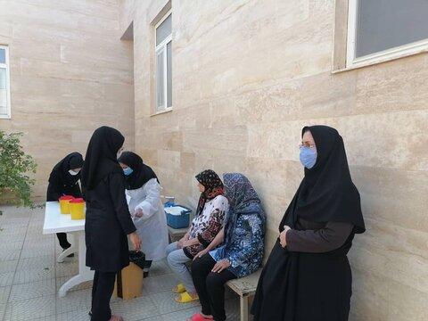 گزارش تصویری | مهدیشهر |  اجرای مرحله جدید واکسیناسیون مراکز توانبخشی