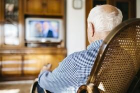 بار روانی رسانهها برای سالمندان در دوران کرونا