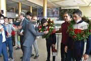 استقبال معاون توانبخشی بهزیستی خراسان رضوی از دو کشتیگیر ناشنوا در فروردگاه هاشمینژاد