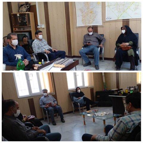اسدآباد   حضور معاون مشارکتهای مردمی و اشتغال به همراه کارشناسان استانی در شهرستان