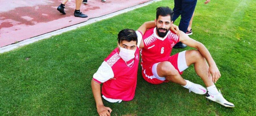 با هم ببینیم|حضور توانخواهان شهریاری در تمرین تیم فوتبال پرسپولیس