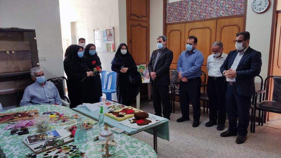 معاون فرماندار و دادستان  شوشتر از مرکز سالمندان بهزیستی بازدید کردند