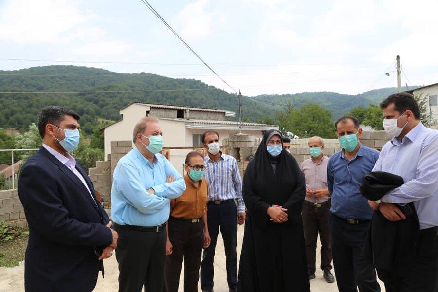 دیدار مدیرکل بهزیستی مازندران با خانواده  دارای ۴ عضو معلول روستای لالا بخش چهاردانگه ساری