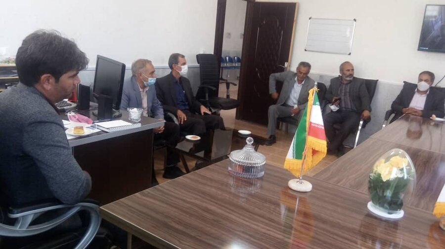 دیدار اعضای شورای اسلامی و خیرین با پرسنل اداره بهزیستی گرمه