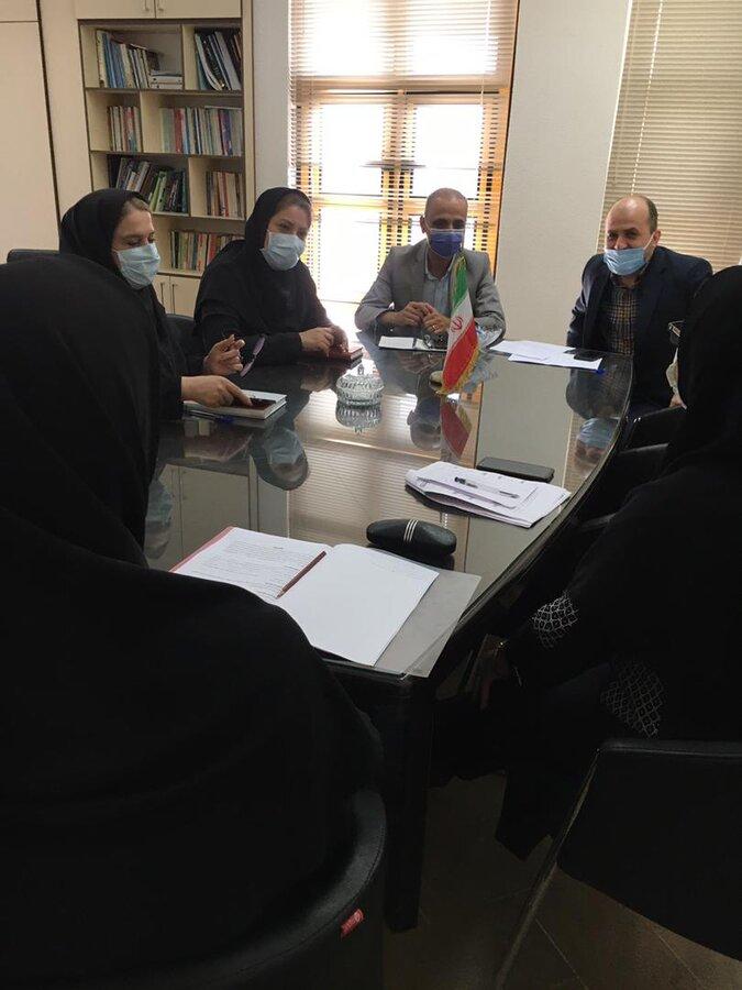 نشست بررسی تفاهم نامه جدید مراکز مثبت زندگی در خصوص گروه همیاران زنان سرپرست خانوار