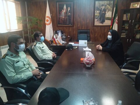 اشتهارد   دیدار فرمانده نیروی انتظامی اشتهارد با رئیس بهزیستی