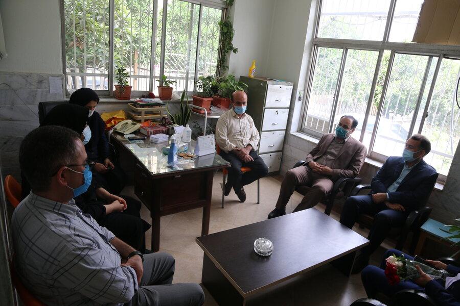 دکتر حسینی از همکاران فیزیوتراپی قدردانی کرد