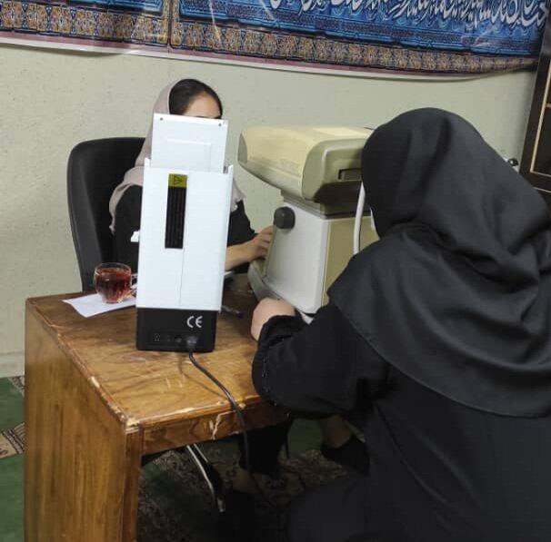 بهزیستی استان البرز به کارمندان و جامعه هدف بهزیستی خدمات رایگان بینایی ارائه داد
