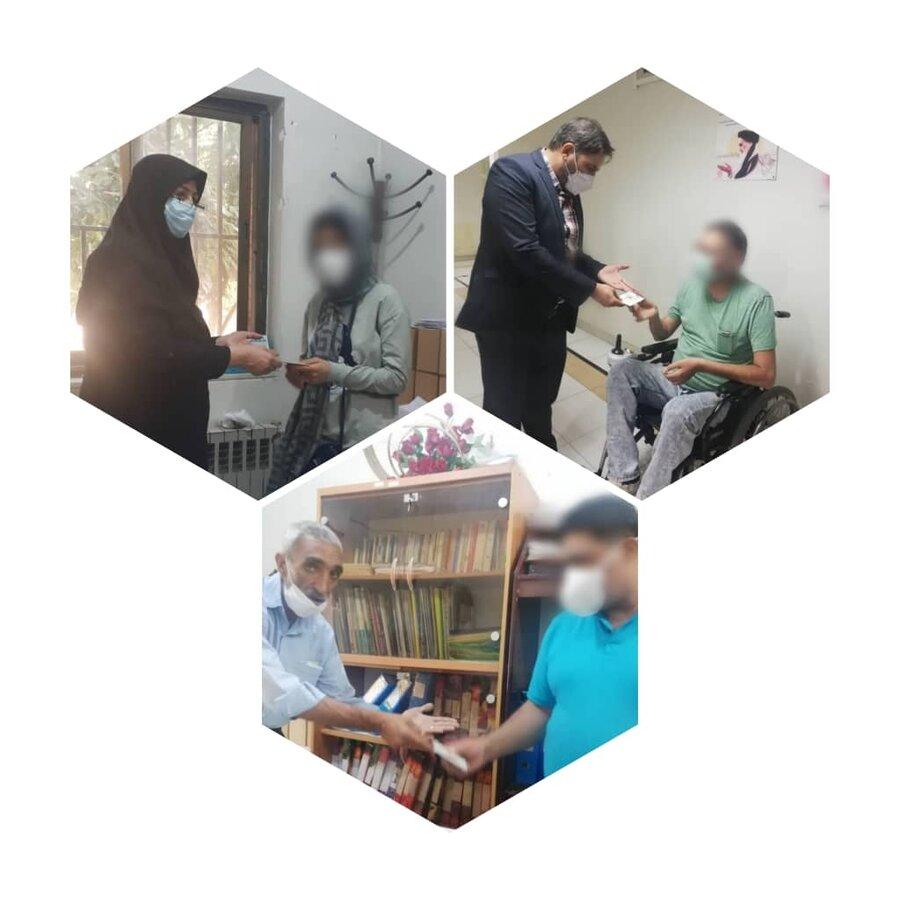 شیراز  توزیع کارت های اعتباری در بین مددجویان