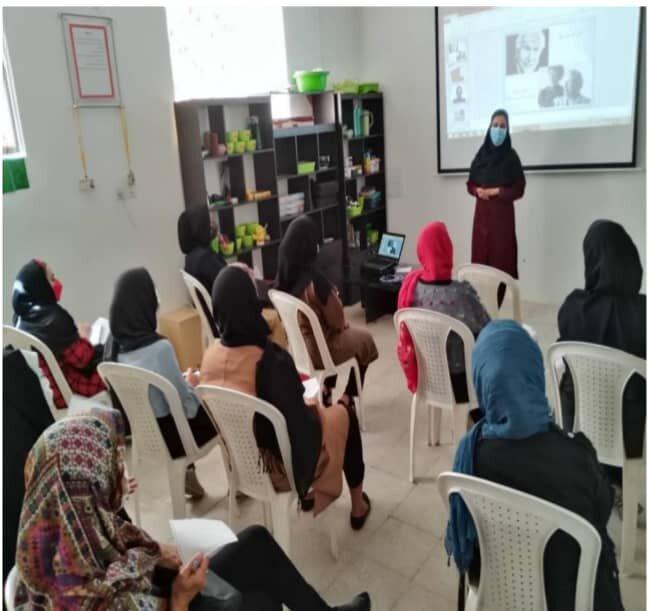 آباده| برگزاری کارگاه مهارت های زندگی در مرکز + زندگی