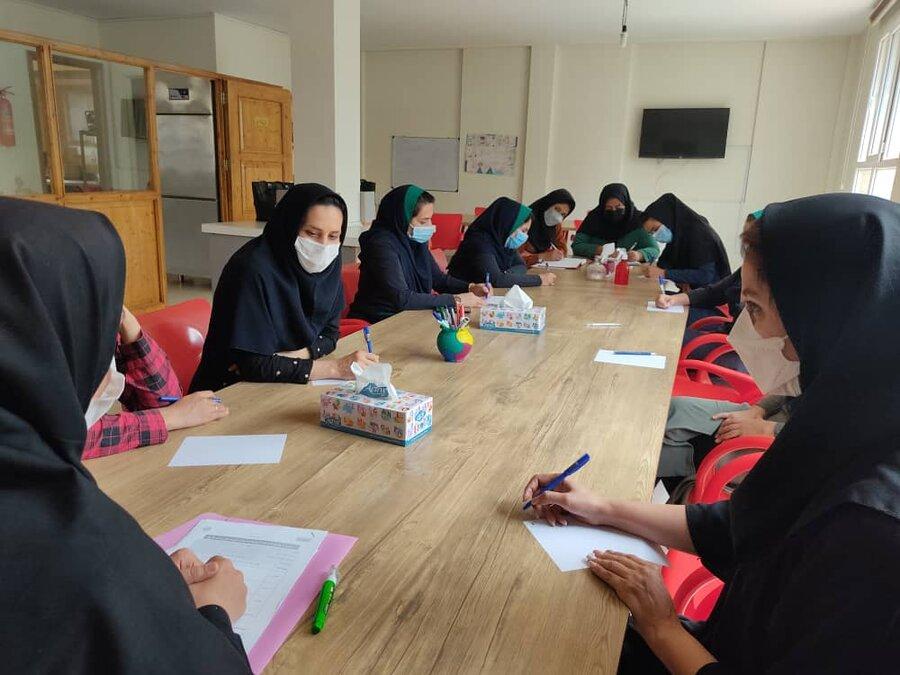 پردیس| برگزاری جلسه آموزشی فرزند پروری در دوران کرونا
