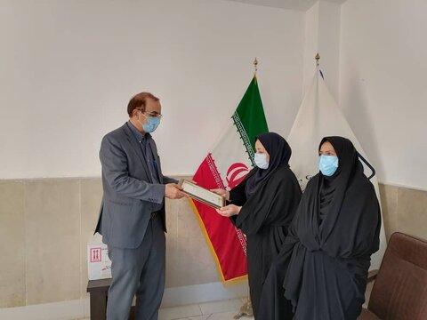 مهدیشهر | تقدیر سرپرست اداره بهزیستی از شبکه بهداشت و درمان شهرستان