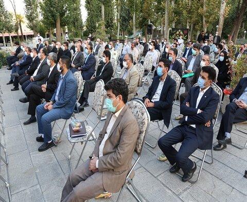 همزمان با هفته دولت؛ کارمندان بسیجی کردستان تجلیل شدند