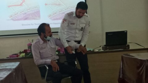 تربت حیدریه | برگزاری دوره آموزشی امداد و نجات برای کارکنان مراکز شبانهروزی بهزیستی تربت حیدریه