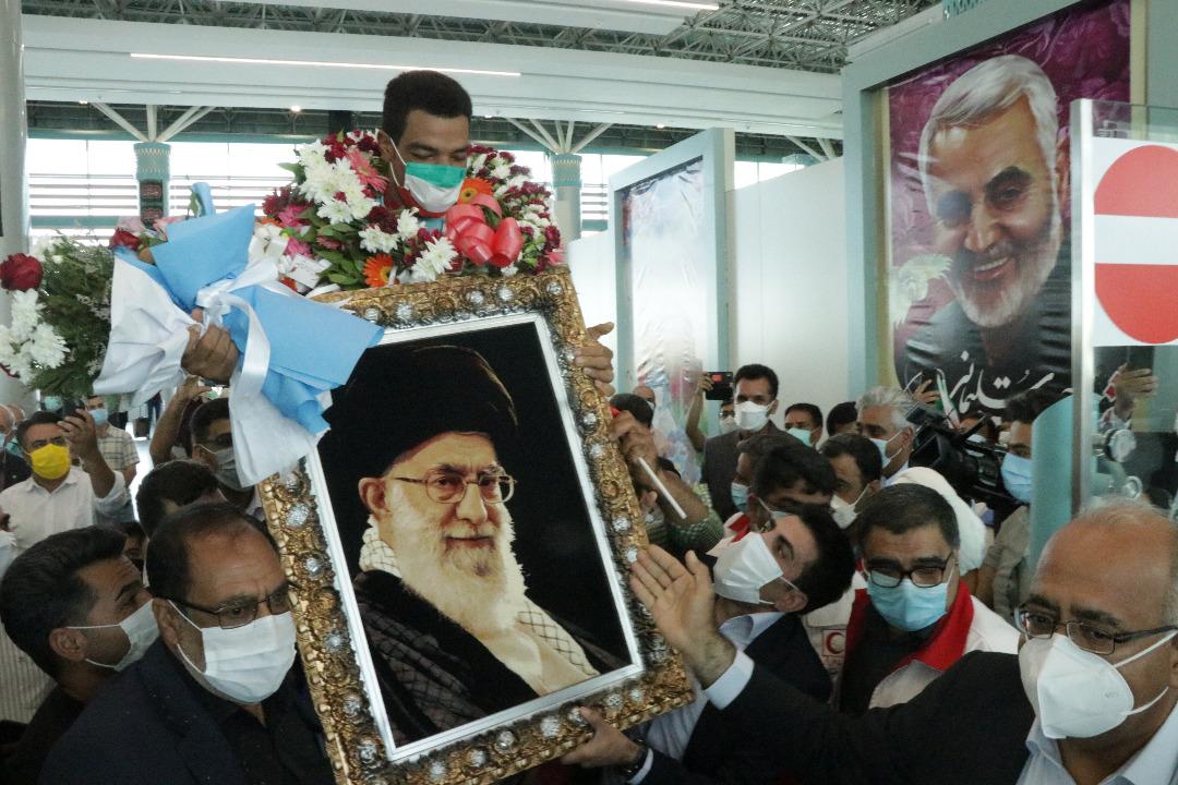 استقبال پرشور کرمانی ها از سعید افروز