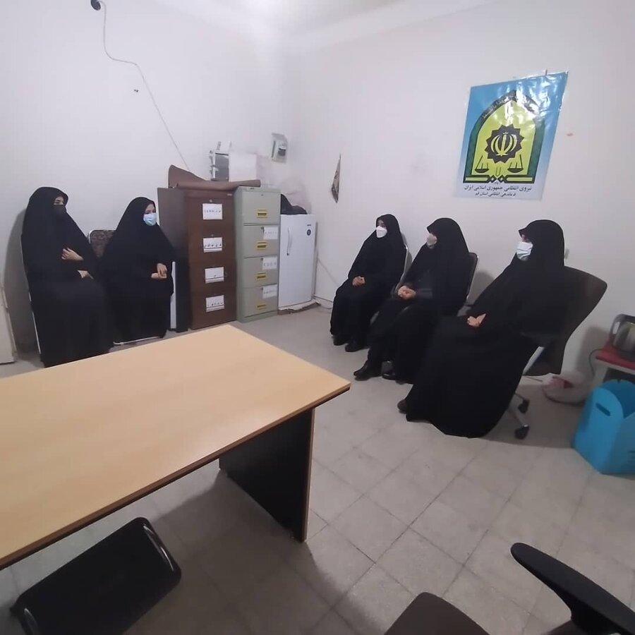 بازدید مدیر کل دفتر زنان و خانواده استانداری به همراه اعضای شورای شهر  از مراکز بهزیستی