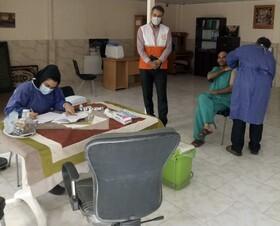ملارد| واکسیناسیون کامل مراکز توانبخشی نگهداری از بیماران اعصاب و روان