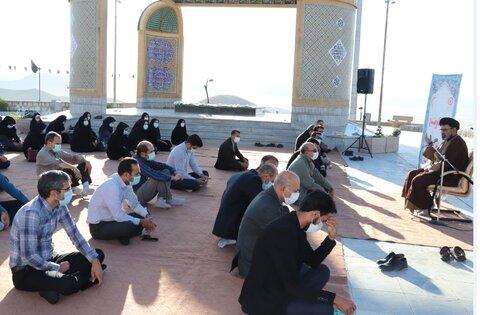گزارش تصویری  برگزاری زیارت عاشورا به مناسبت هفته دفاع مقدس