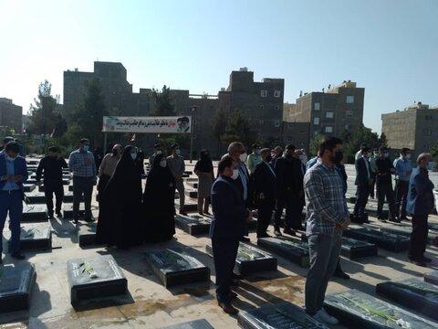 اسلامشهر| غبارروبی و گلباران مزار شهدا