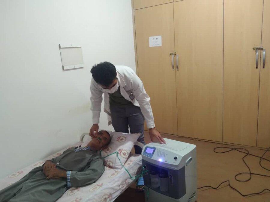 تحویل یک دستگاه اکسیژن ساز از سوی سازمان بهزیستی کشور به موسسه خیریه باران رحمت در مریـوان