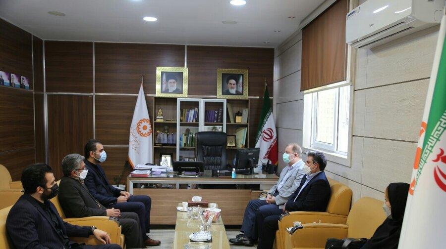 دیدار مدیر شرکت بیمه آتیه سازان حافظ شعبه مازندران با مدیرکل بهزیستی استان