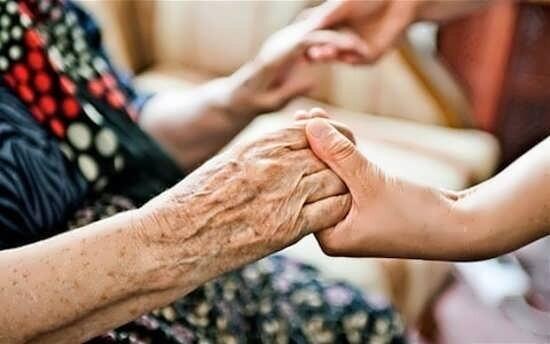 کاشان  اختصاص صندلی ویژه سالمندان در ناوگان اتوبوس درون شهری شهرستان