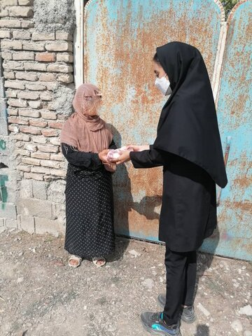 میاندورود׀توزیع گوشت قرمز و غذای گرم میان مددجویان بهزیستی در شهرستان میاندورود