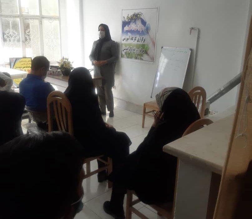 پاکدشت| برگزاری کلاس آموزشی سلامت روان در مرکز توانبخشی