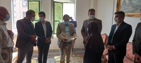 ساوجبلاغ | مسئولین شهرستان ساوجبلاغ با دو تن از نابینایان دیدار کردند