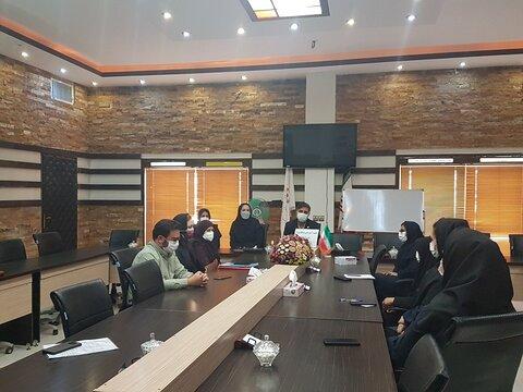 شاهین شهر و میمه   برگزاری کارگاه آموزش پیشگیری نوین از ابتلا به ایدز