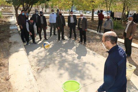 گزارش تصویری  ورزش صبحگاهی و پیاده روی سالمندان در پارک سراب فریدونشهر