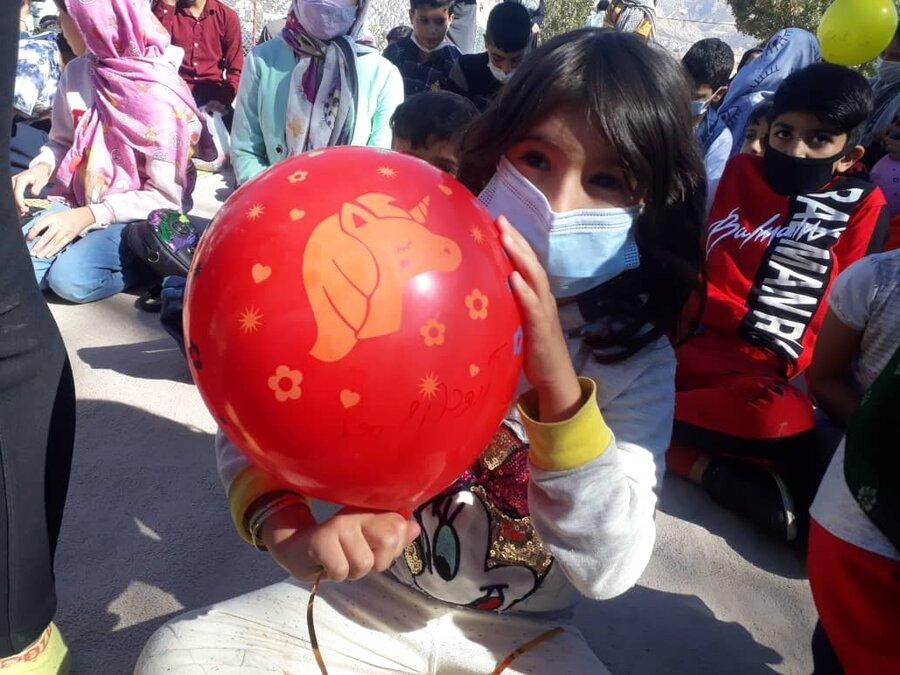 گزارش تصویری  جشن بادکنک ها ویژهکودکان ایلامی